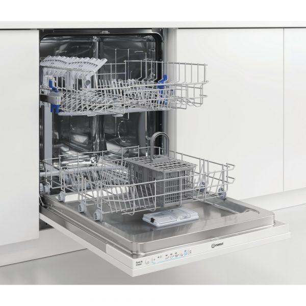 indesit-die-2b19-lavastoviglie-incasso-scomparsa-totale-open.jpg